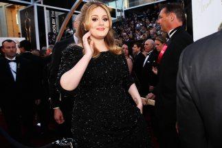 Adele ha retrasado el estreno de su disco, ¡por una adicción!